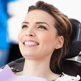 """Zahnheilkunde für """"GROSS"""" in der Zahnarztpraxis für GROSS und klein"""